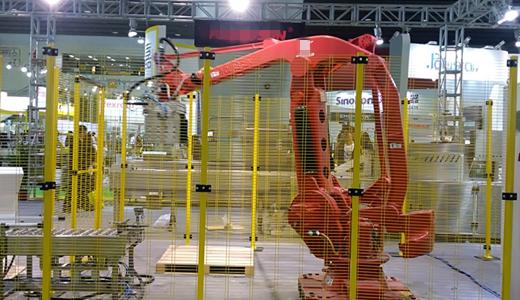 食品工业智能化进程加快 码垛机器人优势凸显
