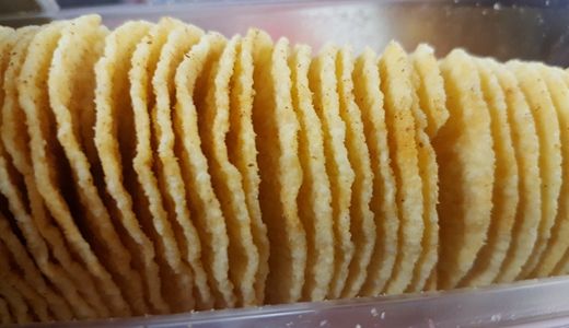 薯片質量遭質疑 自動化加工設備護航食品安全